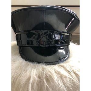 •BRAND NEW• Patent leather pentagram captain hat.